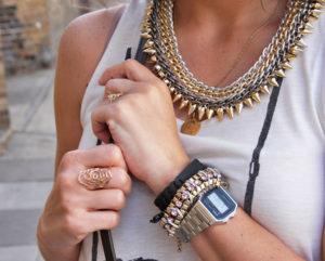31f625b44989e ... accessories fashioninsideout1 300x241 - Relógio Casio Vintage  Por que  todos querem  ...