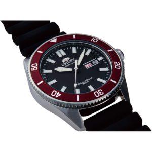 Novo Orient Mako RA AA0011B19B Diver 200M Automático 5 300x300 - Novo Orient Mako, muito mais que um Diver Watch